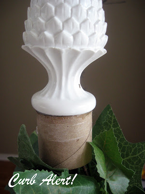 DIY Tomato Cage Topiaries (tutorial) via Curb Alert! blog http://tamicurbalert.blogspot.com