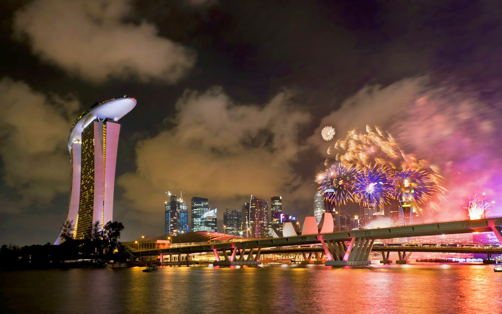 Papel de parede Celebrando o Ano Novo