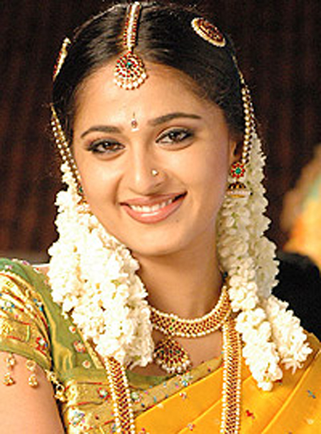 MOVIESCOOLHOTWALLPAPERS Anushka Cool Wallpapers Photos Amp Stills 1