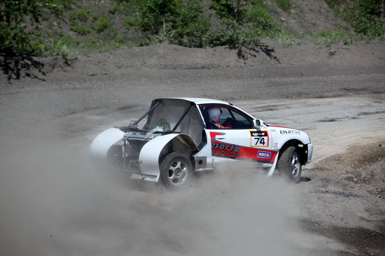 Dirt Trial Mitsubishi Mirage, Colt, CJ0, ciekawe auta, fajne samochody, motoryzacja, ciekawostki, unikalne, projekty samochodów, tuning do sportu