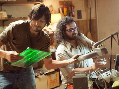 Steve Jobs invents the 1st iPad