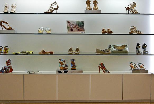 Como decorar uma loja de sapatos Del Carmen by Sarruc # Como Decorar Uma Loja Pequena De Roupas