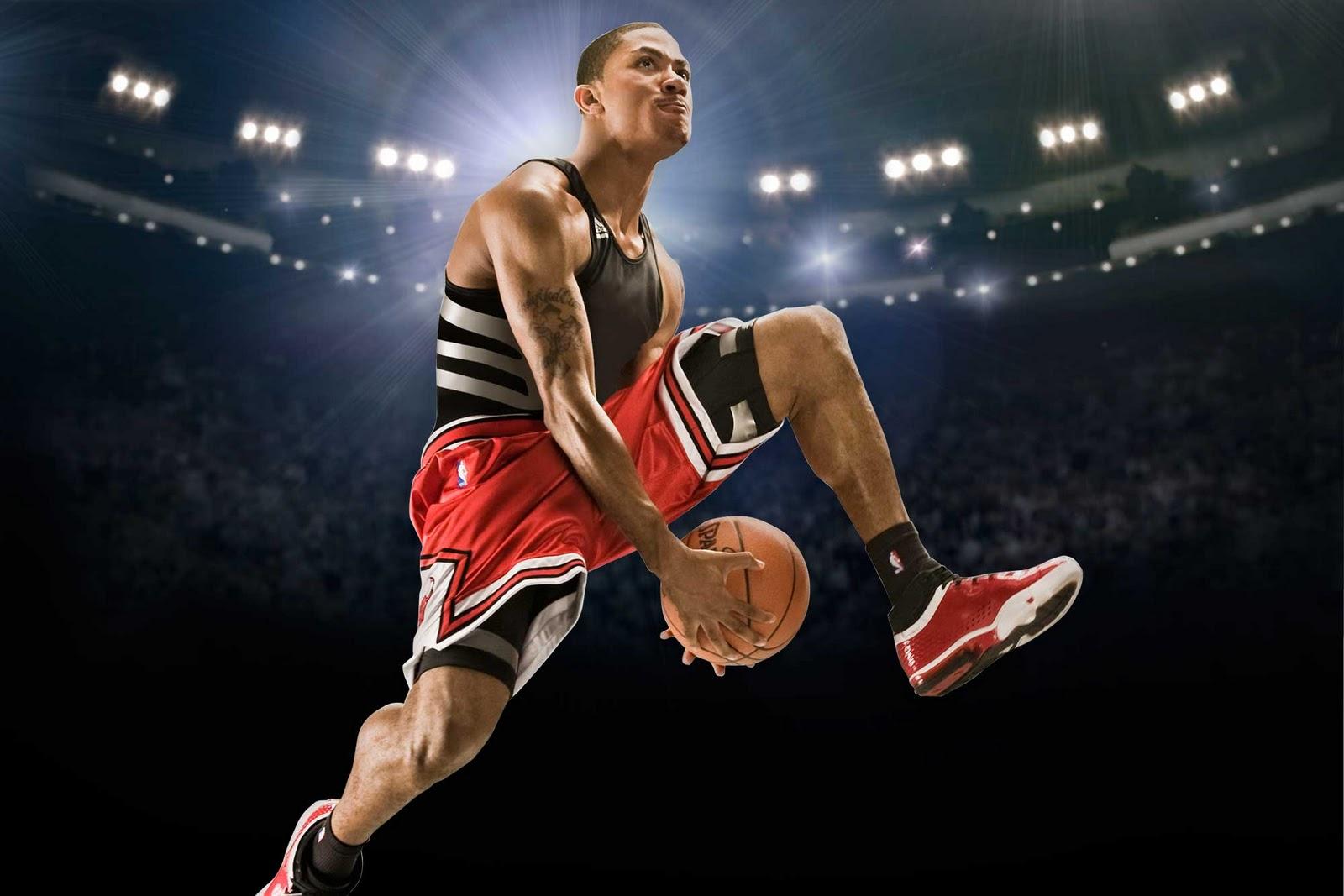 http://1.bp.blogspot.com/-y2tuLxQixb4/TV1RoWbkTQI/AAAAAAAAAEU/1eXebnwHoDQ/s1600/Derrick_Rose_Adidas_Sneakers_Streetball.jpg