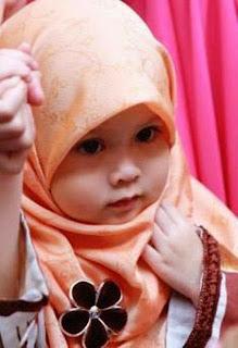 Gambar bayi cantik lucu berhijab muslim