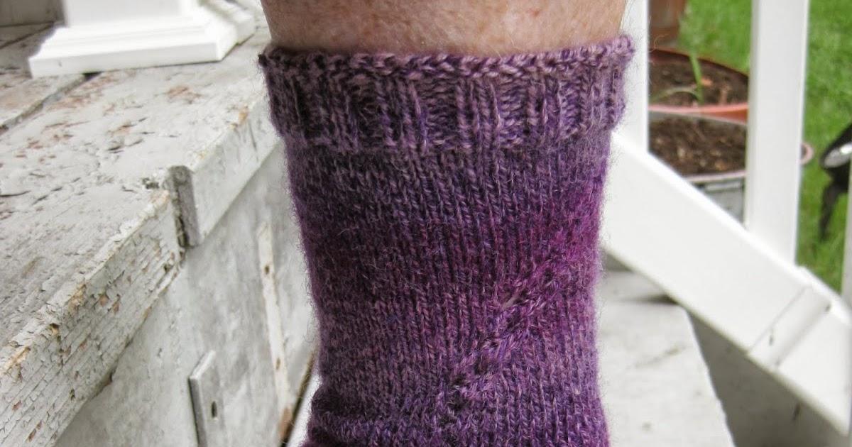 Knitting Pick Up Stitches Heel Flap : Just sittin and knittin @ the lake: Socks Rock