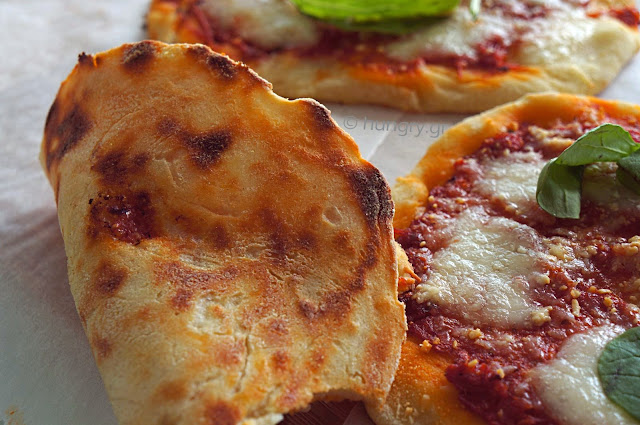 Ζύμη Πίτσας-Εύκολη Πίτσα
