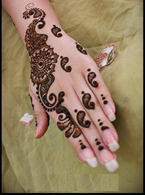 Easy Mehndi Designs Hands : Mehndi simple designs