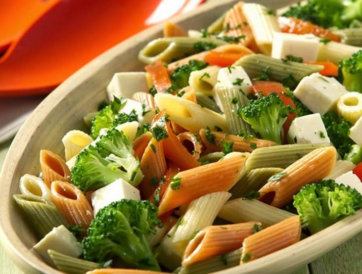 Salada de Macarrão (vegana)