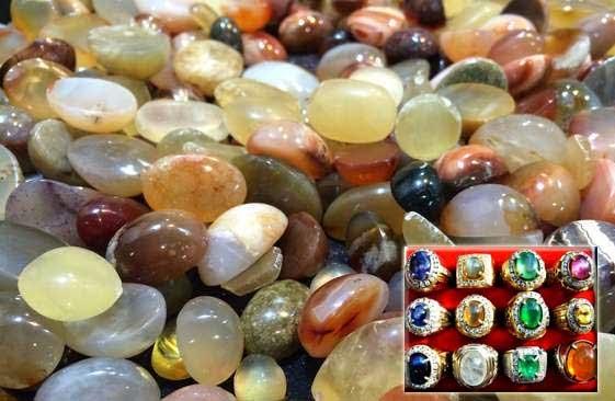 Mitos Khasiat Batu Akik