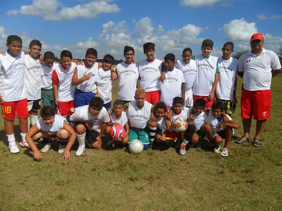 d5a7f753a3 Abertas inscrições para Escolinha de Futebol em Limoeiro