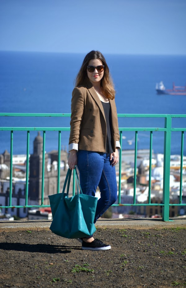 look_outfit_sneakers_glitter_deportivas_blazer_nudelolablog_01