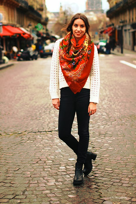 paris streetstyle scarves comtesse sofia red pretty