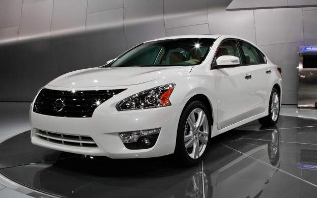 2013 Nissan Altima | Review, Specs, Price, Performance.
