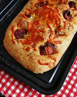 Sun Dried Tomatoes and Mozzarella Bread Recipe from Nomsies Kitchen