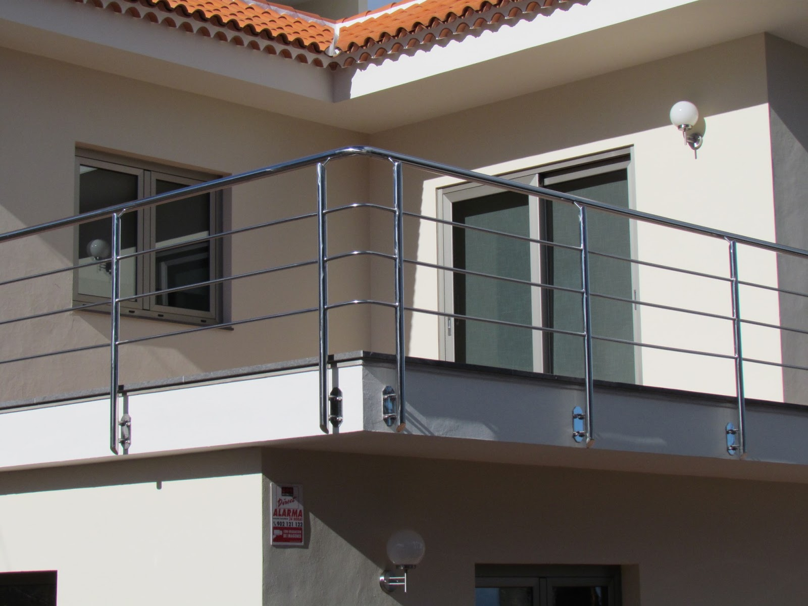 Acero inoxidable tenerife 7 modelos de barandilla acero for Barandilla escalera exterior
