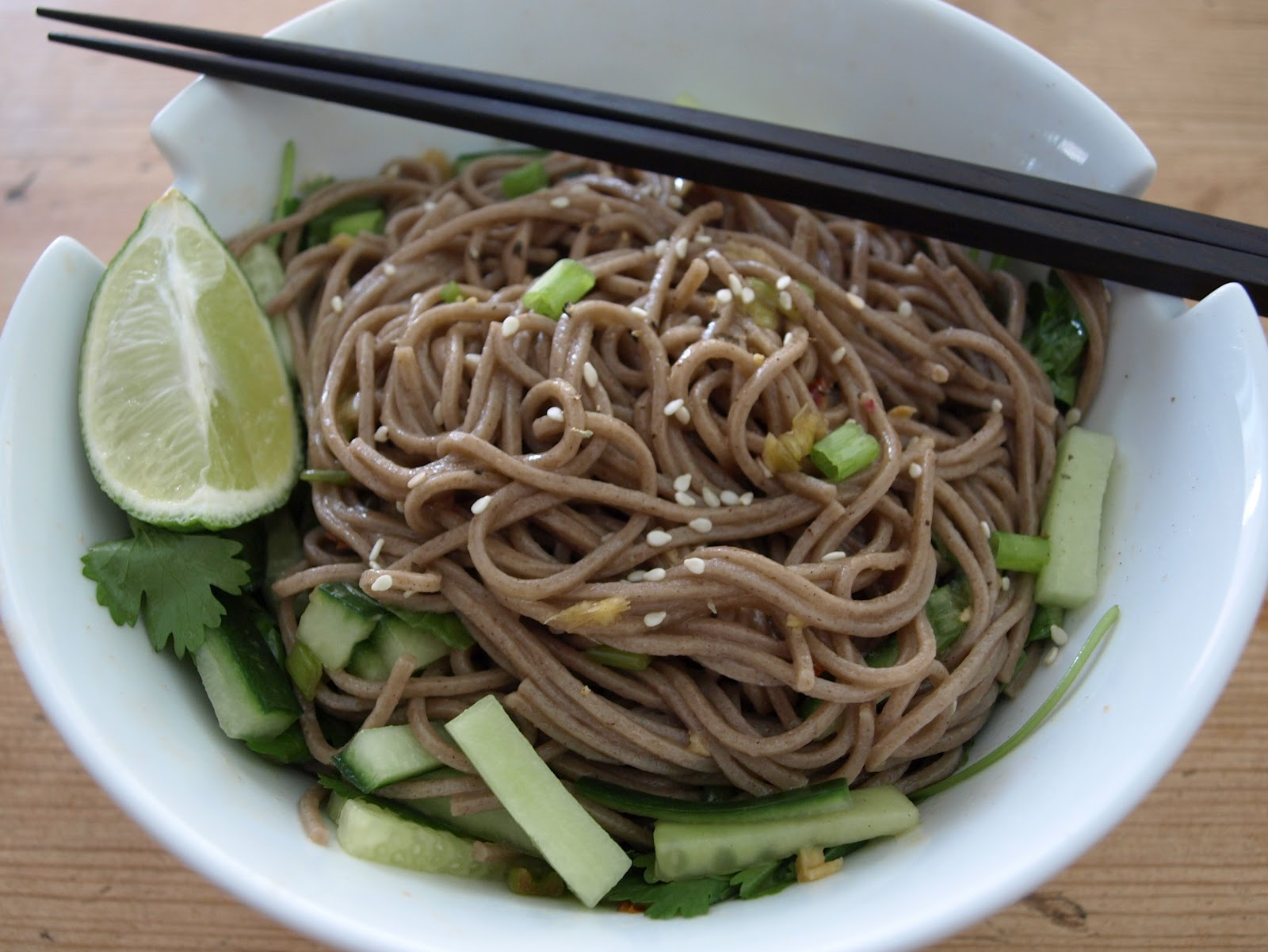 THE SIMPLE VEGANISTA: Soba Noodles w/ Sweet & Spicy Ginger ...