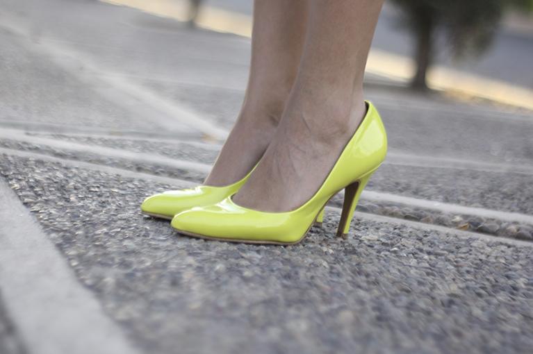 perugia dafiti tacones neon amarillos,