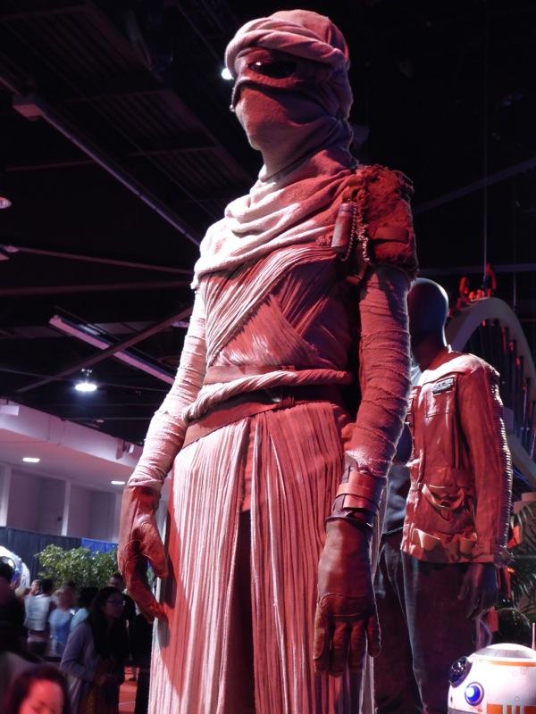 Rey film costume Star Wars Force Awakens