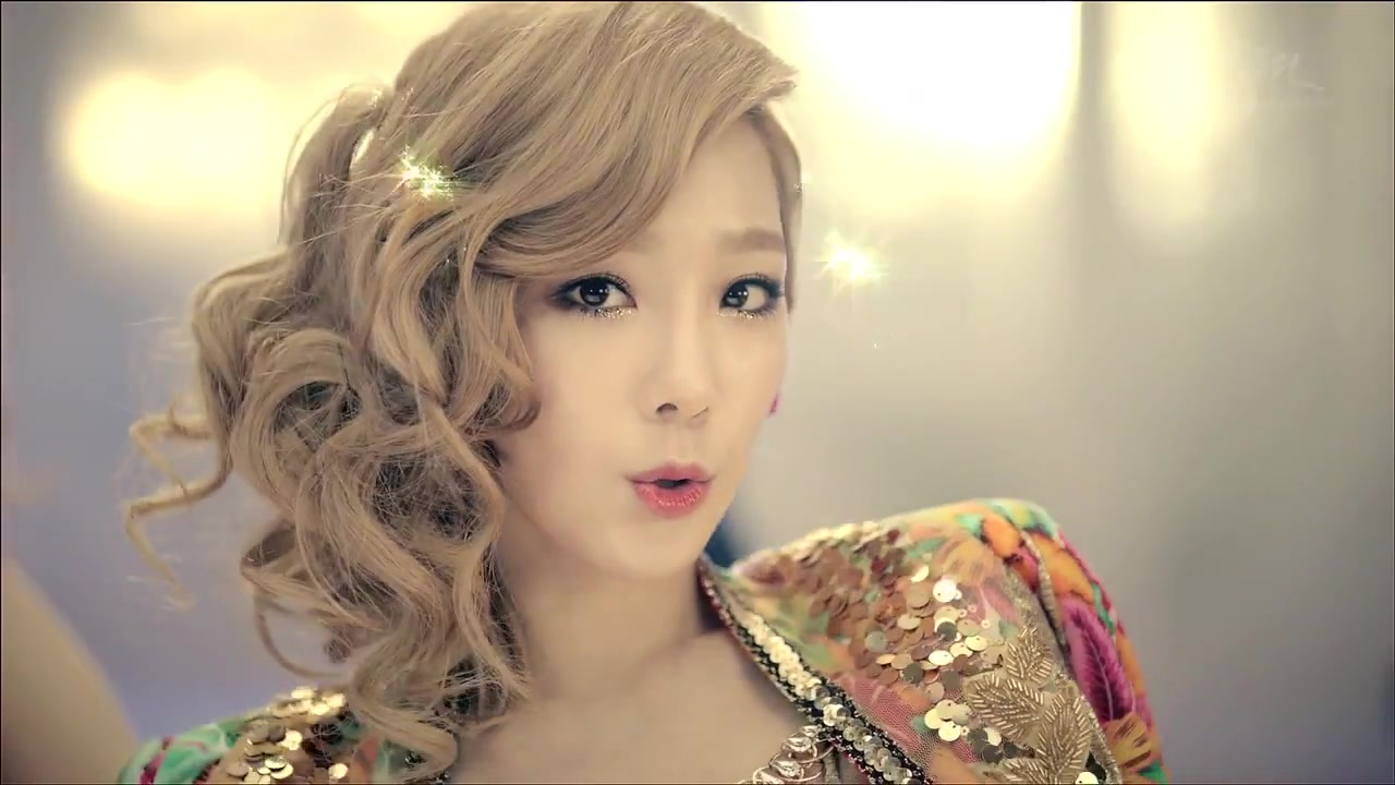 Twinkle llego a las 40.000.000 de visitas! SNSD-TTS-TaeTiSeo-Pictures-Twinkle-21