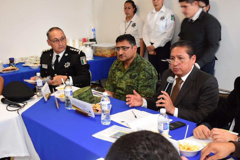 LLAMA GILBERTO HERNÁNDEZ A CERRAR FILA A TODAS LAS CORPORACIONES POLICIACAS