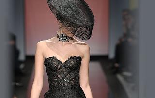 Vanessa Lekpa haute couture romantique Gattinoni soie mousseline dentelle calais organza