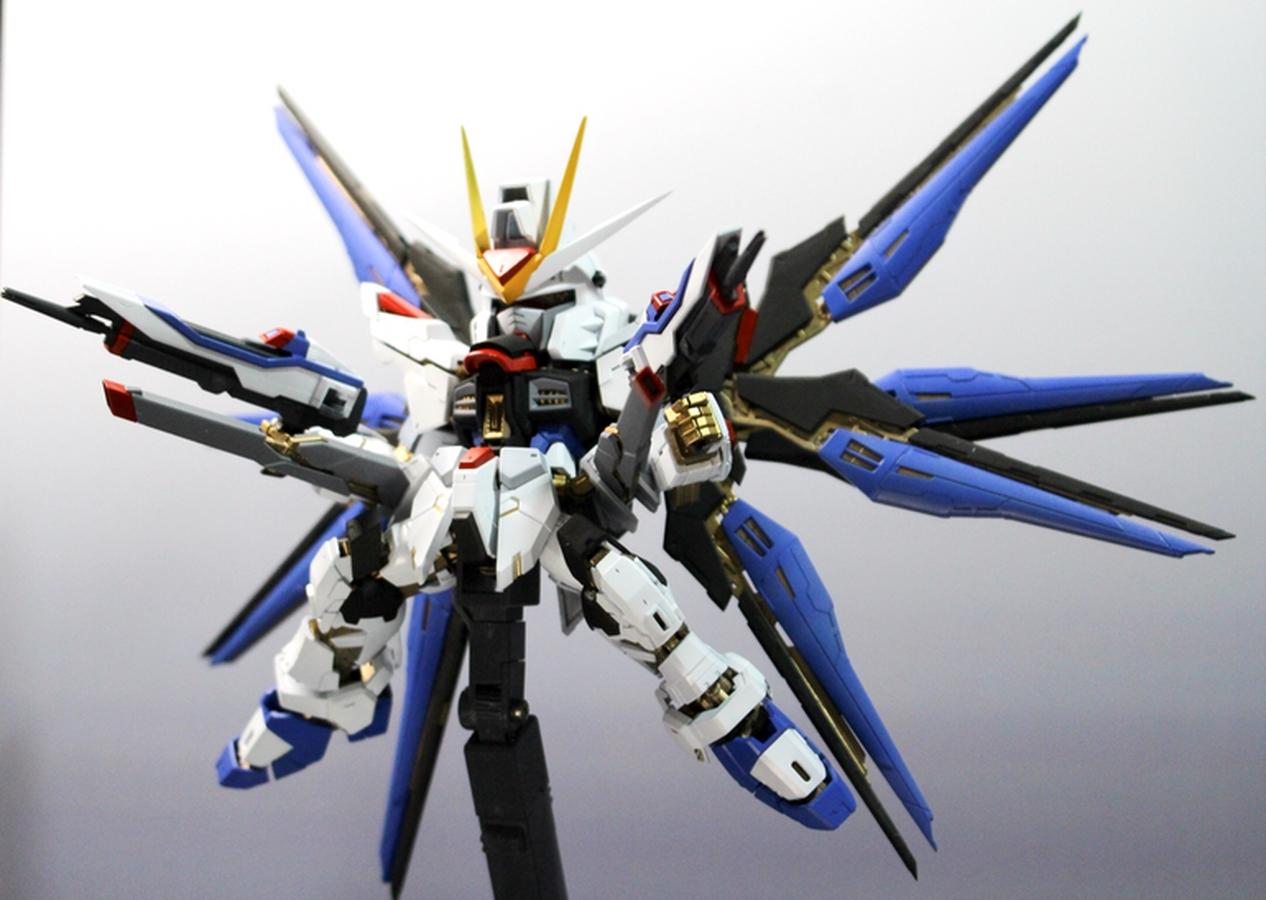 GUNDAM GUY: SD x RG 1/144 Strike Freedom Gundam - Custom Build