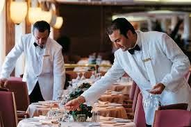 Rezultat slika za konobar u restoranu