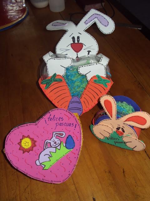 Manualidades y artesania lili conejitos de pascua for Manualidades pascua