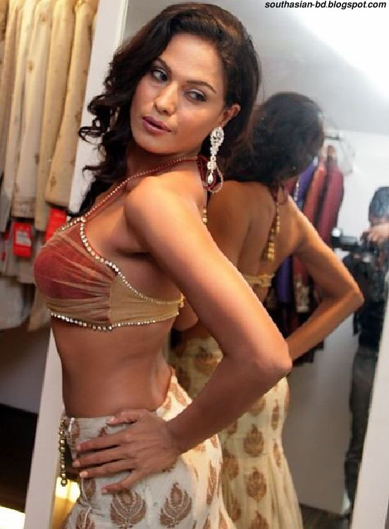 pakistani hot actress picture pakistani top actress veena malik stills