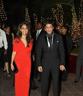 Shahrukh Khan and Gauri Khan Together at Party Latest
