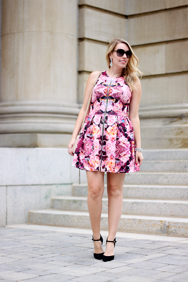 What to wear to a wedding - floral dress & ankle strap pumps