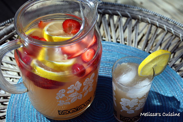 Melissa's Cuisine: Sparkling Strawberry Lemonade