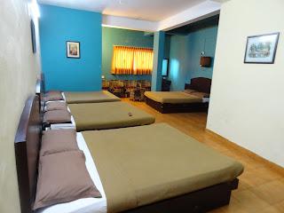 http://www.munnartourguide.com/2012/11/munnar-dormitory-munnar-dormitory.html