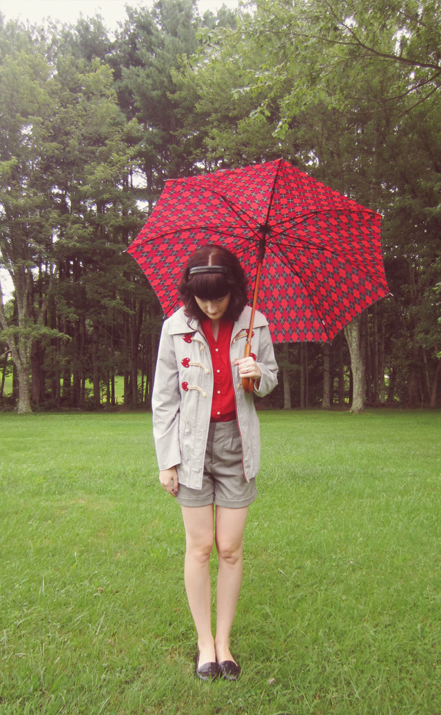 Red and gray outfit, duffle coat and shorts