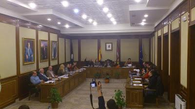 Sesion extraordinaria del pleno de presupuestos para 2013