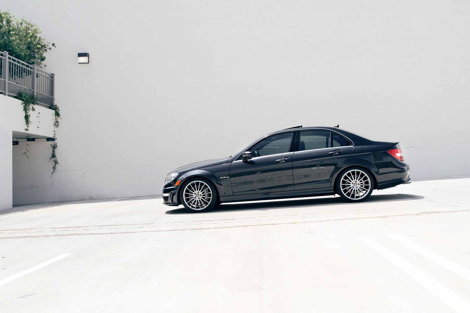 mercedes benz w204 c63 amg benztuning. Black Bedroom Furniture Sets. Home Design Ideas