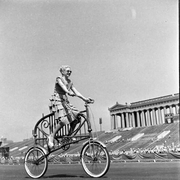 Bicycle+Pageant,+1948+(6).jpg
