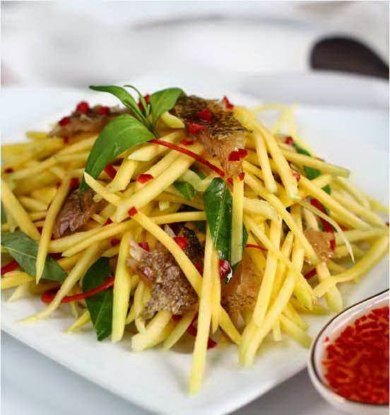 (Gỏi xoài xanh khô mực) - Green Mango Salad with Sun - Dried Squid
