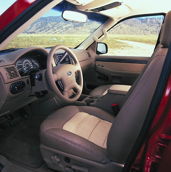 review 2002 ford explorer interior - 2005 Ford Explorer Interior