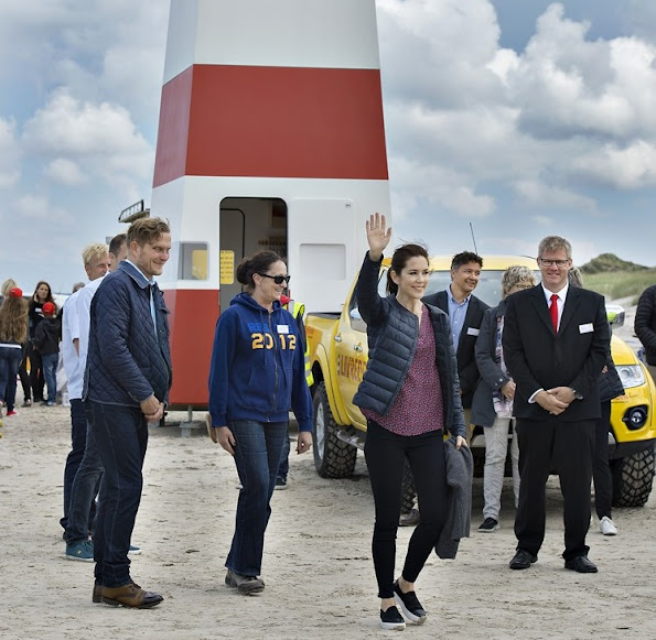 Crown Princess Mary of Denmark, as patron of the Danish Swimming Federation, participated in the inauguration of the new Life-Saving Post at the Tversted Strand