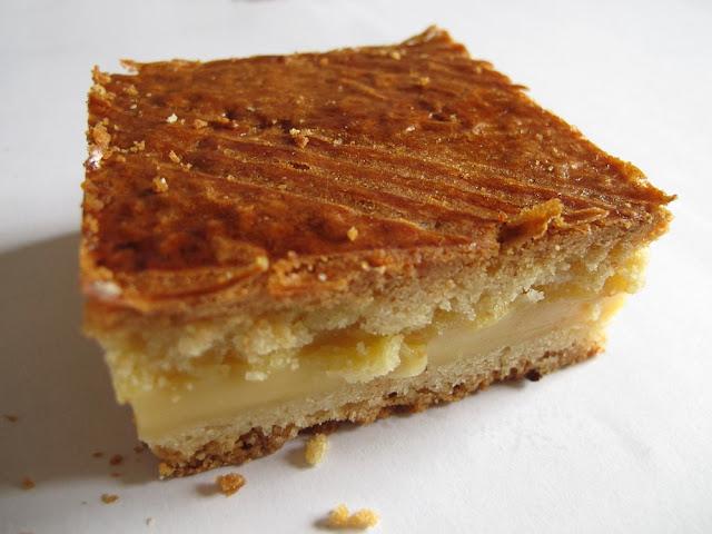 Gâteau basque à la crème pâtissière - Pâtisserie Henriet