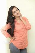 Ishika Singh Glamorous Photo shoot-thumbnail-9