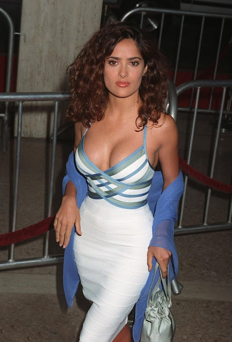 salma hayek cleavege glamour  images