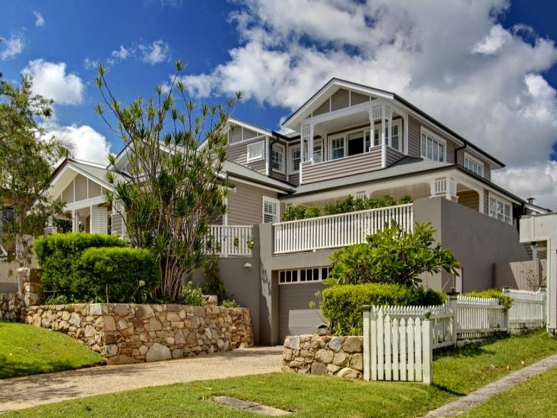 Feature Friday - A weatherboard home in the heart of Byron ...