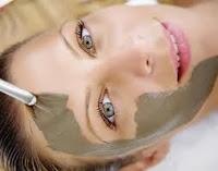 Gül Suyu Maskesinin Faydaları,Gül Suyu Maskesi Ne İşe Yarar,Gül Suyu Kil Maskesi