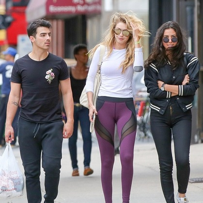 Gigi Hadid &Joe Jonas June 2015