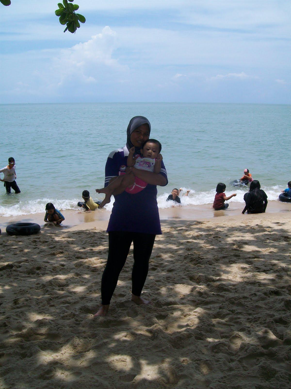 Teluk Batik, Lumut