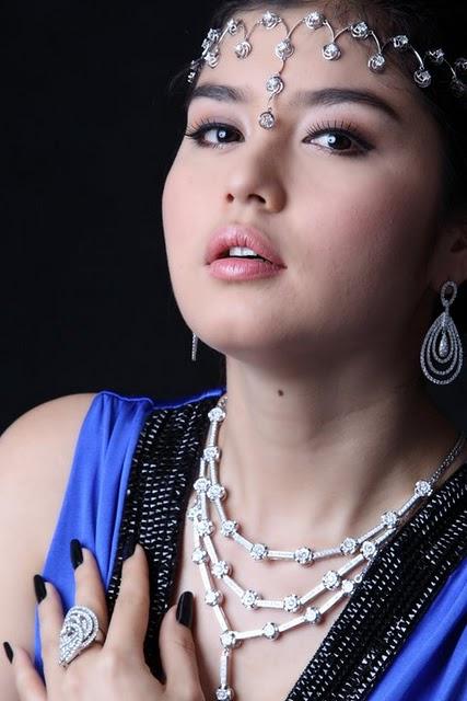 Melody,burma model