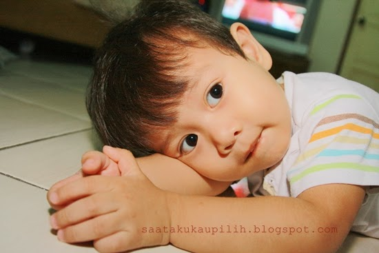 Tip Pertuturan : Bercakap pada eye level anak. Pastikan anak faham dan lihat mata kita juga