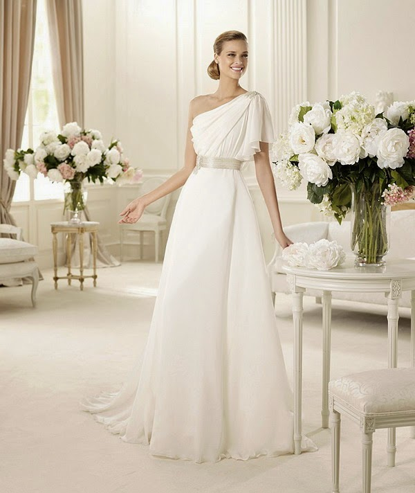 Vestidos de novia para altas